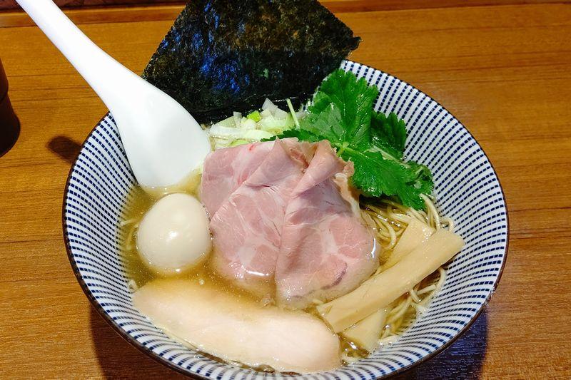 川越・寿製麺よしかわの煮干そば